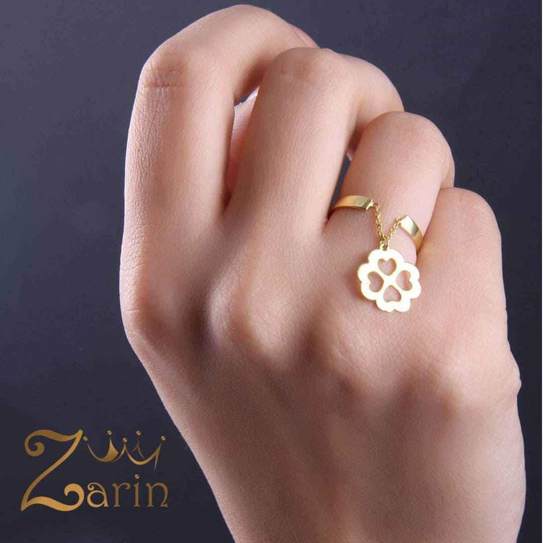 انگشتر طلا آویزدار طرح چهار قلب