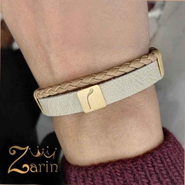 """دستبند طلا طرح کاشی حرف """"میم"""""""