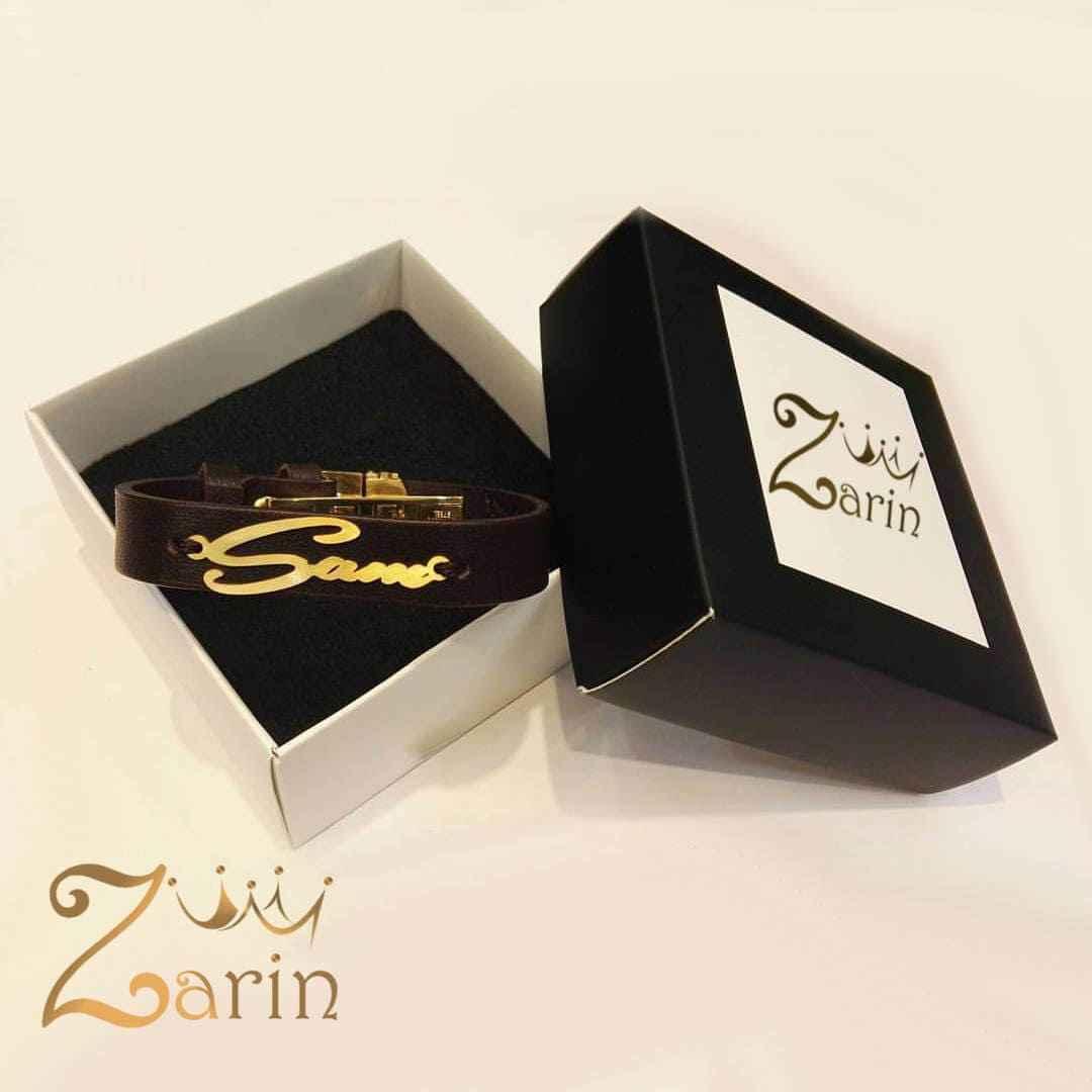 """دستبند طلا انگلیسی با چرم قهوه ای اسم """"سام"""""""