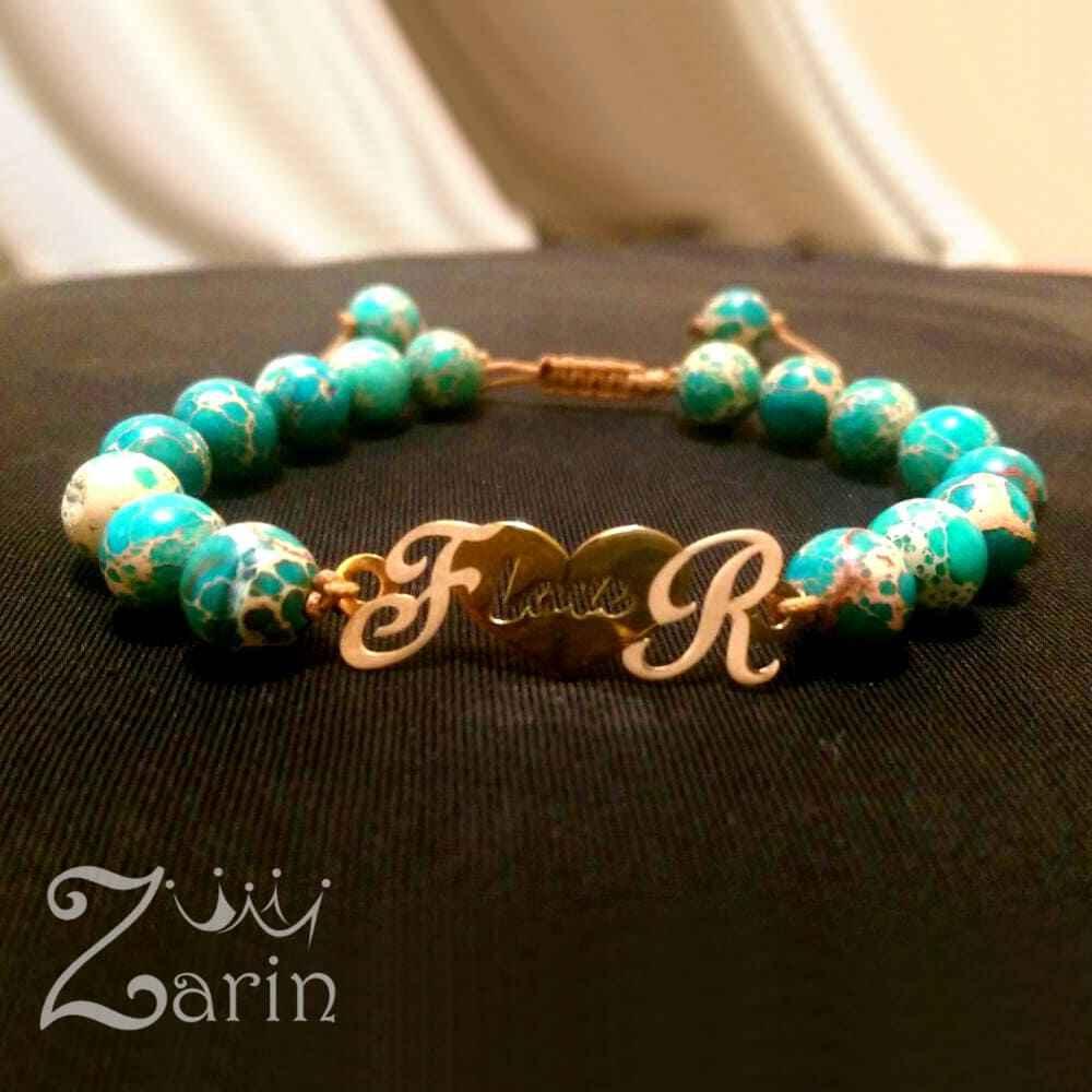"""دستبند طلا طرح حرف و قلب با حروف """"F R"""""""